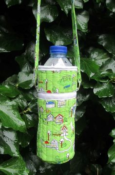 How to Make a Water Bottle Carrier - Tea and a Sewing Machine
