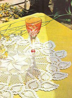 Photo from album on Yandex. Crochet Motifs, Crochet Chart, Thread Crochet, Crochet Doilies, Crochet Stitches, Pineapple Crochet, Pineapple Pattern, Crochet Fringe, Love Crochet