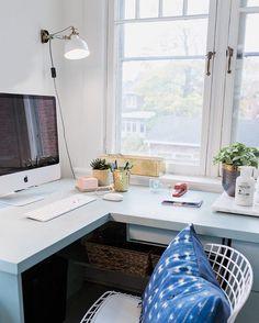 home office vignette