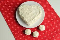 yummy muffin: Be My Valentine - Red Velvet Cake