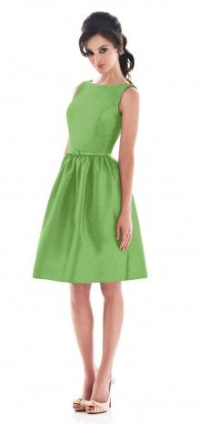 Green Simple Bateau Neck Short Bridesmaid Dress G133 $59.99 BUY 3 GET 1 FREE   CLOSE TO ALFRED SUNG D489
