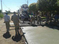 Así Somos: Retomarán el pavimento que falta en Bº 17 de Octub...