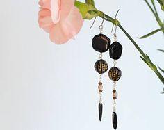 Elegant glass bead earrings by Milanka Design Bead Earrings, Jewelry Collection, Glass Beads, Etsy Seller, Jewelry Design, Boho, Elegant, Unique, Creative