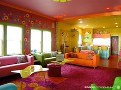 colorful home. i could do without the wall flowers though.