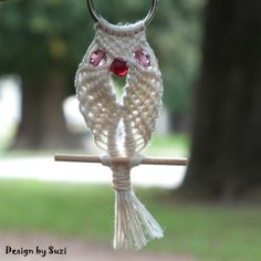 Design by Suzi: Macramé: Sovy Macrame Owl, Bird Feeders, Christmas Ornaments, Holiday Decor, Outdoor Decor, Design, Home Decor, Decoration Home, Room Decor