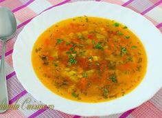 Ciorba de legume – reteta video Cooking Time, Cooking Recipes, Romanian Food, Romanian Recipes, Vegan Foods, Soul Food, Food To Make, Curry, Food And Drink