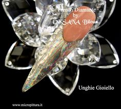 ...French Diamond - French Diamante  ...una particolare applicazione di Magic Mirror per esaltare le unghie con i riflessi di un diamante....