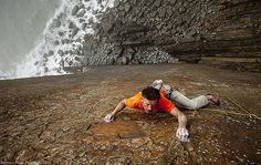 Dave Birkett climbs his new line \'Once Upon a Time in the South-West\' on the stunning Dyers Lookout north Devon, UK
