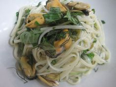 Linguine with mussels and local herbs