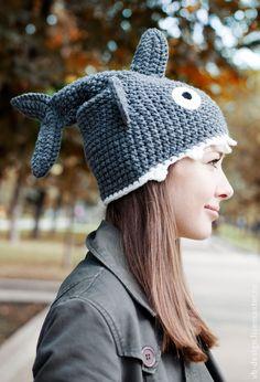 Шапка Акула - серый,шапка,шапка вязаная,шапка женская,шапка мужская,шапочка крючком