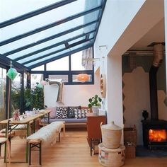 Home Interior Design – Conception de balcon – Architektur Industrial Kitchen Design, Modern Kitchen Design, Kitchen Designs, Balkon Design, Casas Containers, House Extensions, Winter Garden, Home Interior Design, Home Balcony Design