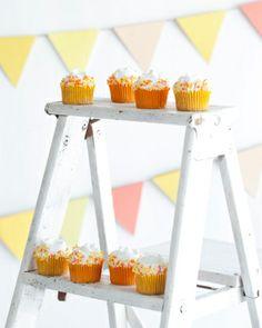 Lemon Cupcakes with Vanilla Buttercream | Cupcake Lust Blog