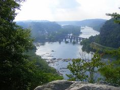 View from Jefferson Rock. Potomac and Shenandoah Rivers. Harpers Ferry West Virginia, Battle Of Antietam, Virginia Hill, Shenandoah River, West Va, Potomac River, Banner Ideas, Country Scenes, Appalachian Trail