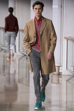 Hermès Fall 2016 Menswear Fashion Show