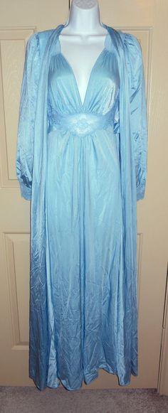 Vintage OLGA Bodysilk 9285 9788 blue peignoir set sz S eggshell ice powder EUC in Clothing, Shoes & Accessories, Vintage, Women's Vintage Clothing | eBay