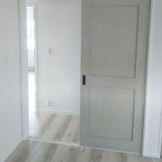 ホワイトオークの床/LIXILファミリーラインパレット/LIXIL/フローリング…などのインテリア実例 - 2016-08-13 10:03:03 | RoomClip(ルームクリップ) Tiny House Plans, Armoire, Tall Cabinet Storage, Building A House, New Homes, Windows, Doors, How To Plan, Interior