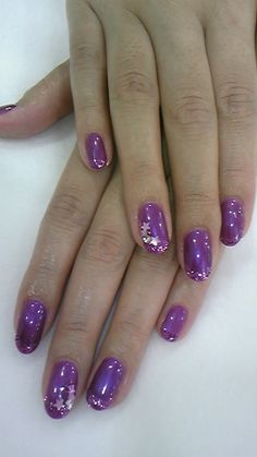 LOVIN this purple star inspired mani ღ❤ღ