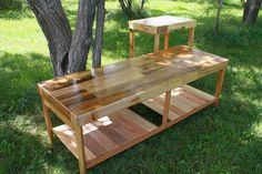 repurposed pallet coffee table and pallet end table