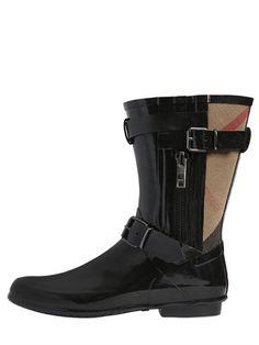 10mm Normandale Check Rubber Rain Boots Burberry  Source: http://www.closetonthego.com/e-shop-product/210832/10mm-normandale-check-rubber-rain-boots/ © Closet On The Go