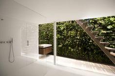 i29 interior indoor/outdoor washroom, wow!