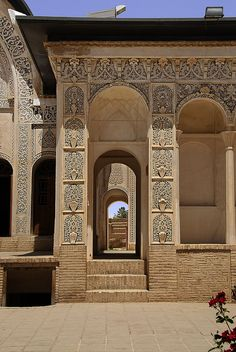 Join buildyful.com - the global place for architecture students.~~Iran Kashan کاشان