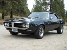Vintage Motorcycles Classic Pontiac Firebird 1968 - Assess the general situation, drive the vehicle, and think about what is occuring. The car was lightened to cut back the weight. It's a real muscle car now. Sometimes, cars were festooned wit… Classic Car Restoration, Pontiac Firebird Trans Am, Image Fun, American Muscle Cars, Vintage Motorcycles, Vintage Cars, Vintage Stuff, Vintage Ideas, My Ride