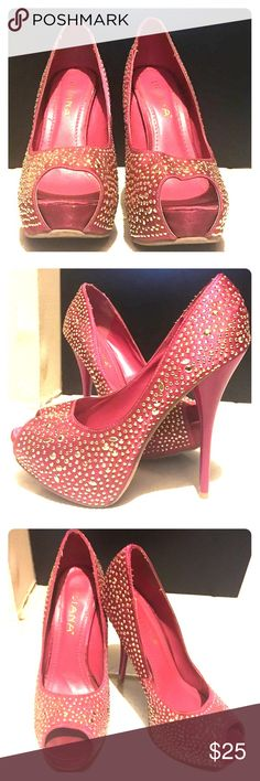 Hot Pink Platform Heels with Gold Studs Hidden platform, open-toed pumps with deep hot pink, satin material covering the top of the shoe with gold studs. (Worn once - New Year's Eve party shoe) Illiana Shoes Heels