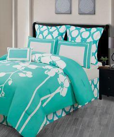 Caribbean Green Orchidea Reversible Overfilled Comforter Set