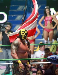 """The reincarnation of the Pierroth gimmick as """"El Comandante Pierroth"""". #cmll #mexico #prowrestling #luchalibre #maskedwrestlers"""