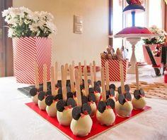 fiesta minnie cake pops