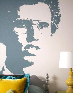 DIY Decorating Ideas: Creating a large wall mural doesn't have to cost a fortune or require artistic skills. All you need is an image of your choice, a projector and the ability to trace. Wall Mural Tutorial