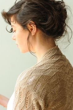 Knitting this soon.  Organic, undied linen....
