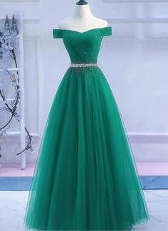 Handmade item Materials: Tulle Made to order Color: Refer to image  Processing time:15-25 business days Delivery date:5-10 business days  Dress code:E0107  Fabric: Tulle Embellishment: Beading and sequins Straps: Strapless Sleeves: Short sleeves Silhouette: Floor length Neckline: V nec