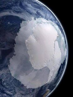 Stunning, rare photo of Antarctica seen from space js