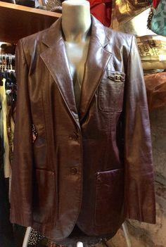 1990' Etienne Aigner leather jacket. Size M. by nicevintageshop