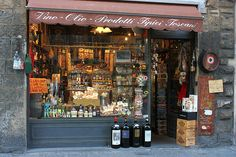 Tuscany wine and oil Shop