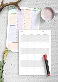 This Weekly Planner Sheets template has everything you need to stay organized and on top of your schedule. Fresh design for young and ambitious. Download the planners that fit your working style and get them printed in minutes. You can use it for your Android tablet. #weekly #planner #organizer #week #undated
