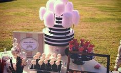 Candy buffet by catering Moncho's small