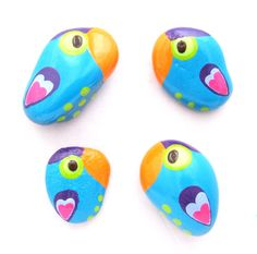 Turqoise Parrots with Fluorescent Eyes - hand-painted stone Pendants, Pins, Magnets by Pandala Islands / Mesekavics