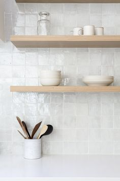 walnut floating shelves are stunning! The ba. -These walnut floating shelves are stunning! The ba. - Australian Interior Design Awards Witte zellige, handgemaakte Marokkaanse tegel, in een keuken Kitchen Wall Tiles, Room Tiles, Kitchen Shelves, Kitchen And Bath, New Kitchen, White Tile Kitchen, Square Kitchen, Open Shelves, Kitchen Rustic
