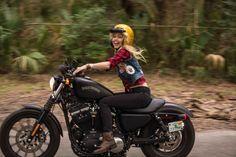 Biker girl on Harley Davidson Iron. Iron 883, Harley Davidson Sportster, Hd Sportster, Lady Biker, Biker Girl, Motorcycle Memes, Motorcycle Couple, Cafe Racer Girl, Motorbike Girl