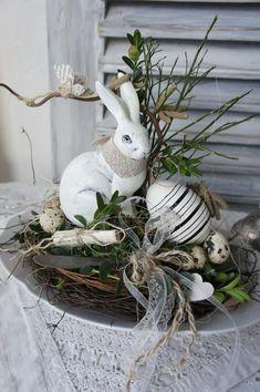 "Langohr …"" – Ostern Dekoration Garten Beton – Create Something On Easter Happy Easter, Easter Bunny, Easter Eggs, Easter Table, Diy Y Manualidades, Selling Handmade Items, Easter Flowers, Diy Ostern, Diy Décoration"
