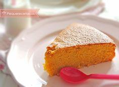 Bizcocho de zanahoria. Esta receta fácil de bizcocho de zanahoria os sorprenderá por su sabor. Con él prepararás la tarta de zanahoria más rica del mundo.