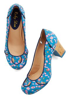 Record Request Heel. This retro dance joint is all the more jolie thanks to your cork-soled heels! #blue #wedding #modcloth