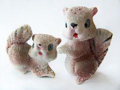 Vintage Salt and Pepper Shaker Sugared Squirrel Couple Iced chipmunks adorable Novelty Figurine Shaker Set original corks