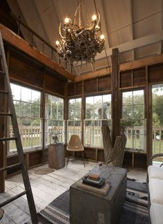 Treehouse build from re-used/recycled building materials. Wow.    Wandawega treehouse | The Lettered Cottage