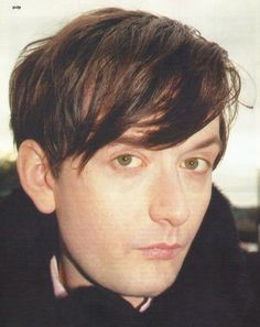 Green eyes>>>>YOU'RE THE ONE I WANTED TO FIIIIIIND Pretty Boys, Cute Boys, Pulp Band, Jarvis Cocker, Damon Albarn, Britpop, Frank Iero, Green Eyes, Cool Bands