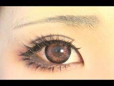 zWinnieYap has the best eye makeup tutorials. The light red eye shadow makes this look even better~