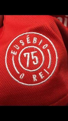 Será esta a nova camisola do Benfica? - Fotogalerias - Jornal Record