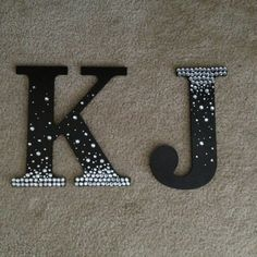 Crafts For Girls Diy Crafts For Kids Rooms Girls Wooden Letters 23 Ideas Diy Letters, Letter A Crafts, Painted Letters, Decorative Letters For Wall, Wood Letters Decorated, Wooden Letter Decor, Nursery Letters, Wooden Crafts, Diy For Girls